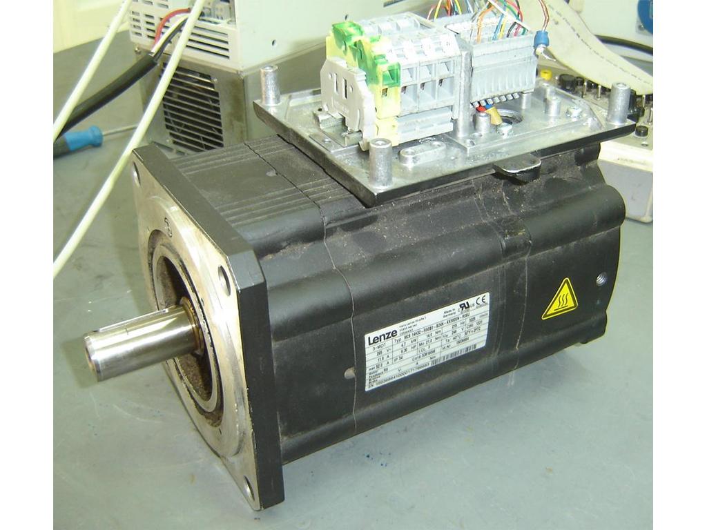lenze-motor-01